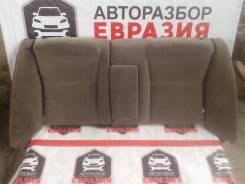 Сидение заднее Toyota Carina ED 200