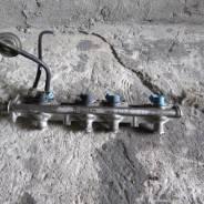 Топливная рампа форсунки VOLVO 440 460 2.0 B20F 7700857327M
