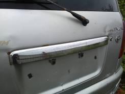 Накладка двери багажника Daihatsu Pyzar 1996-2002