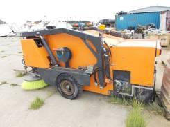Ceksan. Механическая прицепная подметально-уборочная машина HMT 2000, 3 000куб. см.
