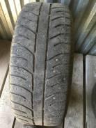 Bridgestone Ice Cruiser 7000. зимние, шипованные, 2010 год, б/у, износ 60%