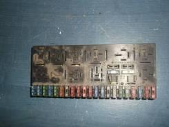 Блок предохранителей [443941822B] для Audi 80 B2, Audi 80 B3, Audi 80 B4