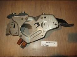 Педаль тормоза [465014EA0B] для Nissan Qashqai II