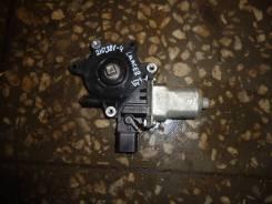 Моторчик стеклоподъемника правый [MR991832] для Mitsubishi Lancer IX