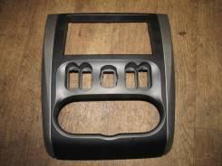 Рамка магнитолы [682604AA0B] для Nissan Almera III