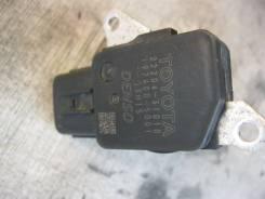 Датчик расхода воздуха Toyota 22204-31010