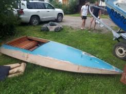 Продам спортивную лодку