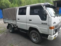 Toyota Hiace. Продаётся грузовик , 2 400куб. см., 1 200кг., 4x4