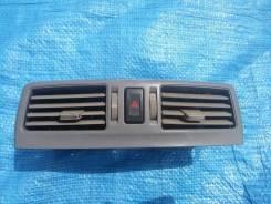 Центральная консоль воздуховода Nissan Cedric 34 Gloria 34