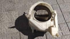 Корпус моторчика печки. Daihatsu Pyzar, G303G Двигатель HEEG