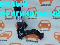 Кронштейн крепления правого крыла Mazda 3 2013-2016 [B45A53140]