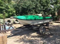 Пластиковая лодка с трансом под мотор