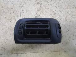 Дефлектор воздушный Renault Clio II/Symbol 1998-2008 (Правый)