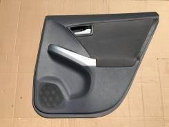 Обшивка дверей Toyota Prius 30, правая задняя