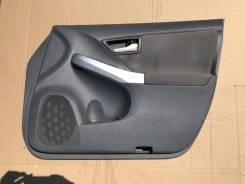 Обшивка дверей Toyota Prius 30, правая передняя