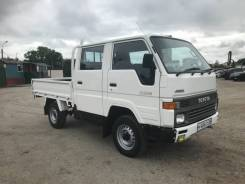 Toyota Hiace. Продаётся грузовик 4wd, 2 400куб. см., 1 500кг., 4x4