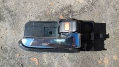 Ручка двери внутренняя Toyota Wish ZNE14 правая передняя