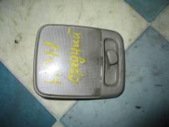 Плафон потолочный Nissan Primera 1996