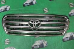 Решетка радиатора под камеру Toyota Land Cruiser 200 2012-2014