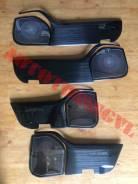 Накладки на обшивки дверей и динамики Land Cruiser 200