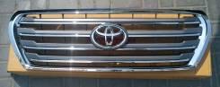 Решетка радиатора Toyota Land Cruiser 200 2007-2015 год рестайлинг
