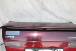 Крышка багажника Carina E