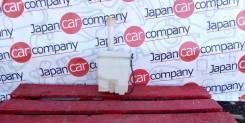 Бачок омывателя лобового стекла Nissan Maxima (A33) 2000-2005