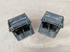Крепления радиатора нижние (пара) E60, E61, E63, E64