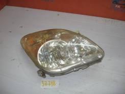 Фара правая Toyota Corolla Verso 2001-2004 (Фара правая)