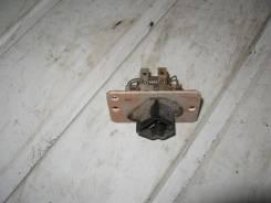 Резистор вентилятора Ford Expedition (Резистор) [f4zh19a706ab]