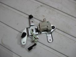 Активатор замка багажника Volkswagen New Beetle Жук 1998-2010 (Активатор замка багажника) [3B0959781C]