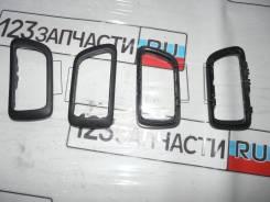 Накладка внутренней ручки двери передней левой Mitsubishi Pajero V75W