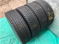 Bridgestone Blizzak Revo 969. Зимние, без шипов, 2012 год, 30%