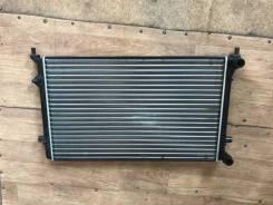 Радиатор AUDI A3 / S3 1.6 / 1.8 / 2.0 03- / VW GOLF V / Jetta / Caddy