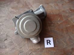 Клапан воздушный продувки катализаторов правый Mercedes-Benz