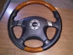 Руль MOMO Nissan Infiniti косточка
