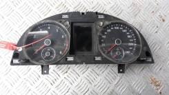Панель приборов Volkswagen Passat CC 2011