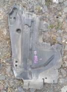 Дефлектор радиатора левый Peugeot 208