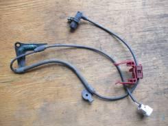 Датчик ABS передний левый Toyota Ipsum