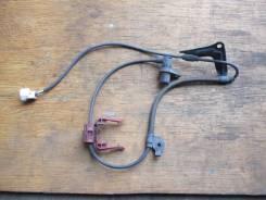 Датчик ABS передний правый Toyota Ipsum