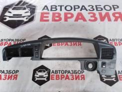 Консоль щитка приборов Toyota Hilux Surf LN130