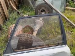 Стекло боковое Toyota Camry