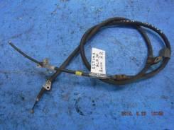Тросик ручного тормоза правый Toyota Estima ACR30 2AZFE 46420-28440 46420-28441