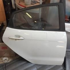 Дверь оригинальная задняя правая Kia Rio III [2011-2017](белая, идеал)