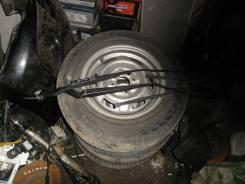 Держатель щетки стеклоочистителя. Nissan Almera, N16, N16E