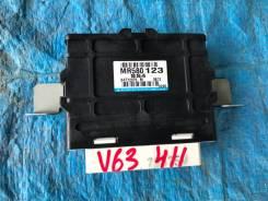 Блок управления раздаткой. Mitsubishi Pajero, V63W, V64W, V73W, V74W Mitsubishi Montero, V63W, V64W, V73W, V74W 4D56, 6G72