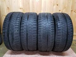 Pirelli Ice Asimmetrico. зимние, без шипов, 2017 год, б/у, износ 10%