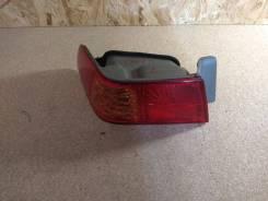 Задний комбинированный фонарь левый Toyota Camry Gracia