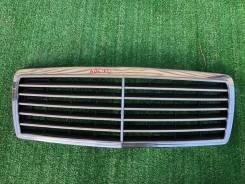 Решетка радиатора. Mercedes-Benz C-Class, W202, W202.018, W202.020, W202.022, W202.023, W202.024, W202.025, W202.026, W202.028, W202.029, W202.033, W2...