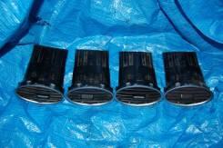 Накладка решетки вентиляционной. Ford Focus, CB4, DA3, DB Ford Focus ST AODA, AODB, AODE, ASDA, ASDB, G6DA, G6DB, G6DD, G8DA, GPDA, GPDC, HHDA, HHDB...